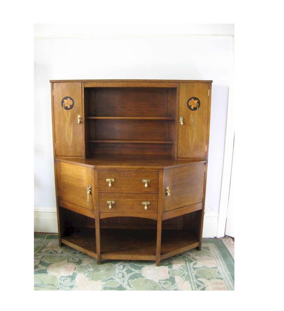 Arts and crafts movement furniture - English Arts And Crafts Movement Oak Dresser By M H Baillie Scott