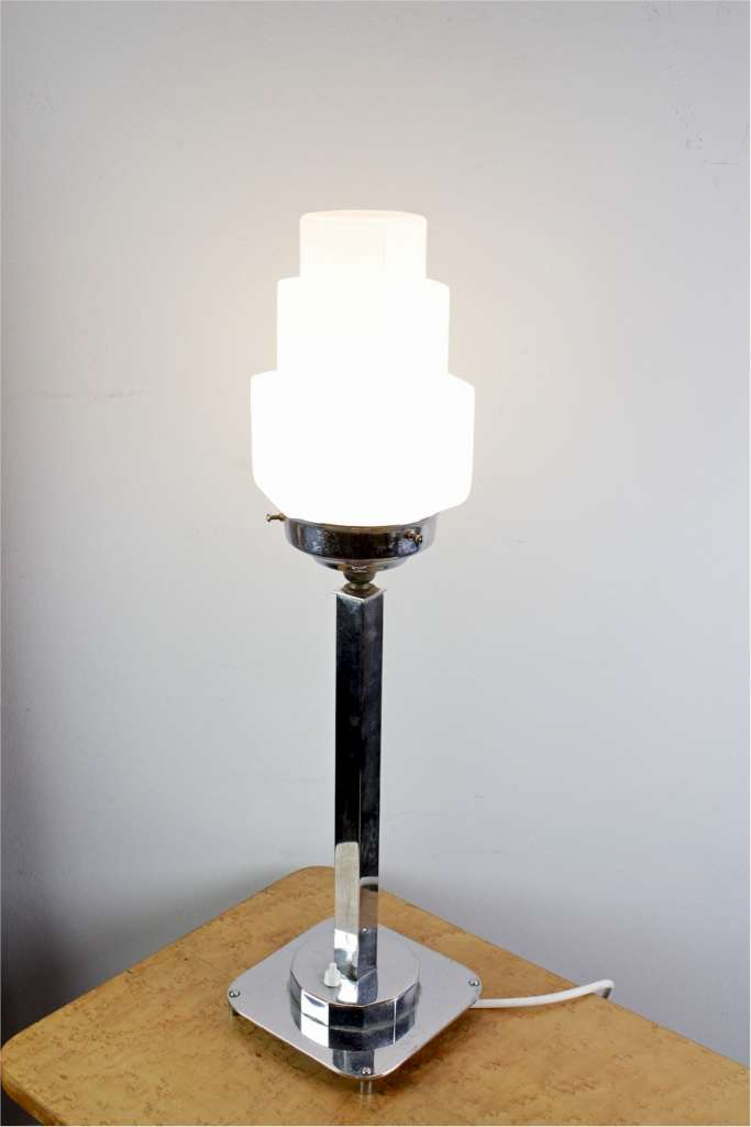 Art Deco Chrome Table Lamp With Art Deco Stepped White