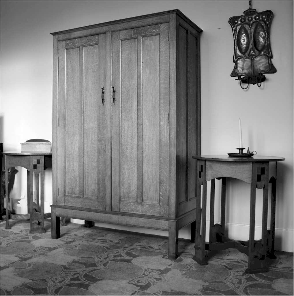 Arts and crafts bedroom furniture by arthur simpson and for Arts and craft bedroom furniture